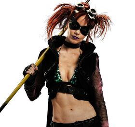 Lindy-Booth-as-Night-Bitch-in-Kick-Ass-2