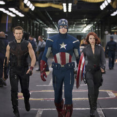 Hawkeye, Captain America and Black Widow.