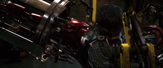 File:Iron-man1-movie-screencaps.com-8977.jpg