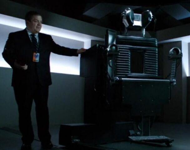 File:Koenig and lie detector.jpg