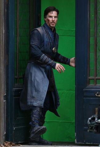 File:Doctor Strange Filming 66.jpg