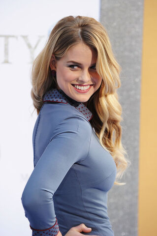 File:Alice Eve.jpg