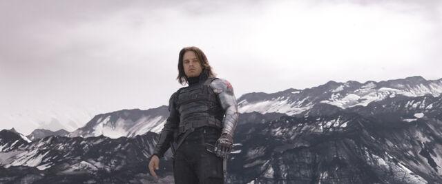 File:Captain America Civil War Official Promo 08.jpg