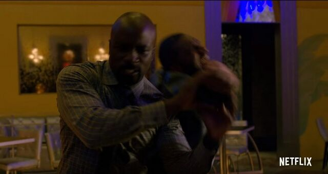 File:Luke-cage-trailer-00077-194072.jpg