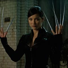Lady Deathstrike revealing her adamantium claws