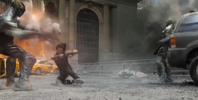File:Hawkeye fights lokis army.jpg