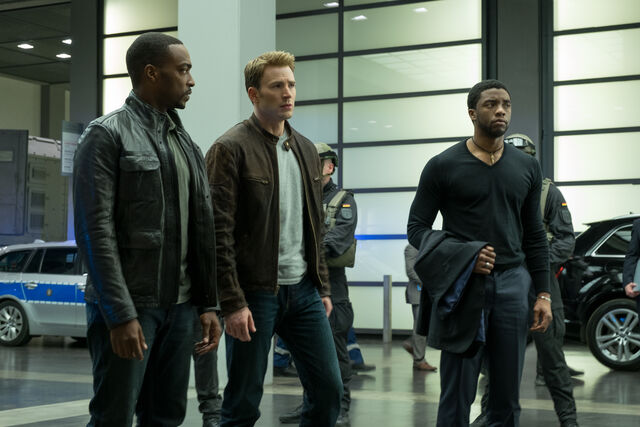 File:Captain America Civil War Official Promo 07.jpg