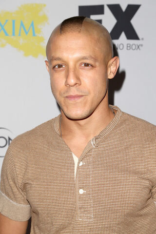File:Theo Rossi.jpg