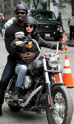 File:Jessica Jones Filming 13.jpg