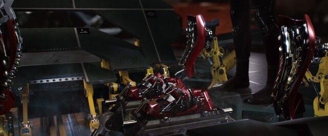 File:Iron-man1-movie-screencaps.com-8936.jpg
