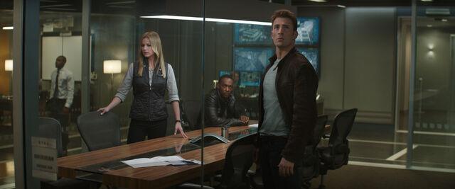 File:Captain America Civil War 230.jpg