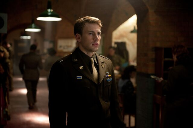 File:1899553-the chris evans blog 090711 012.jpg