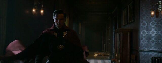 File:Cloak of Levitation Still Doctor Strange (8).JPG