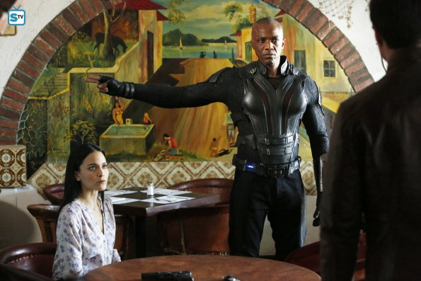File:Mike Peterson Agents of SHIELD The Dirty Half Dozen 5.jpg