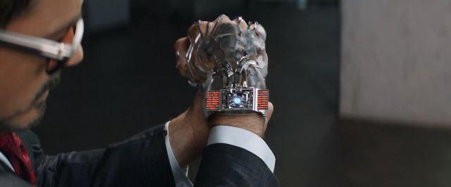 File:Iron Man Gauntlet Still 02.jpg