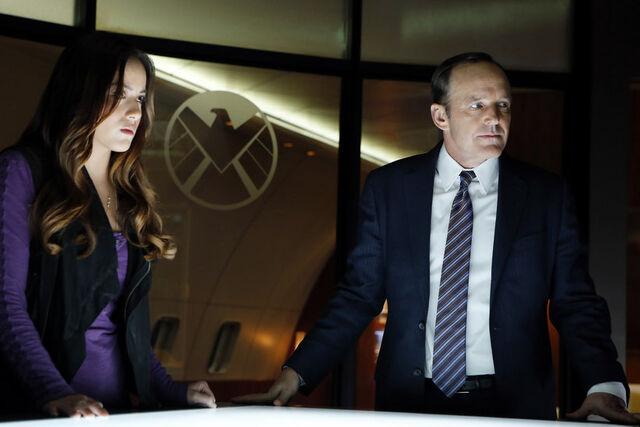 File:Skye and Coulson.jpg