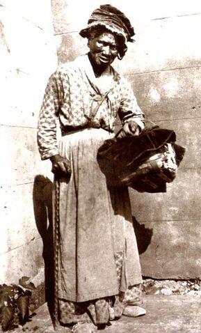 File:Woman slave 2.jpg