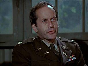 Major Murphy-tiral of Henry Blake