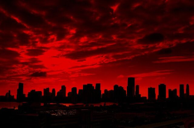 File:Red-sky-paint-the-town-red.jpg