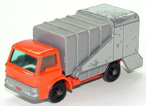 6607 Refuse Truck