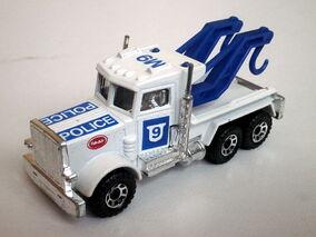 Peterbilt Wreck Truck 1985 Macau