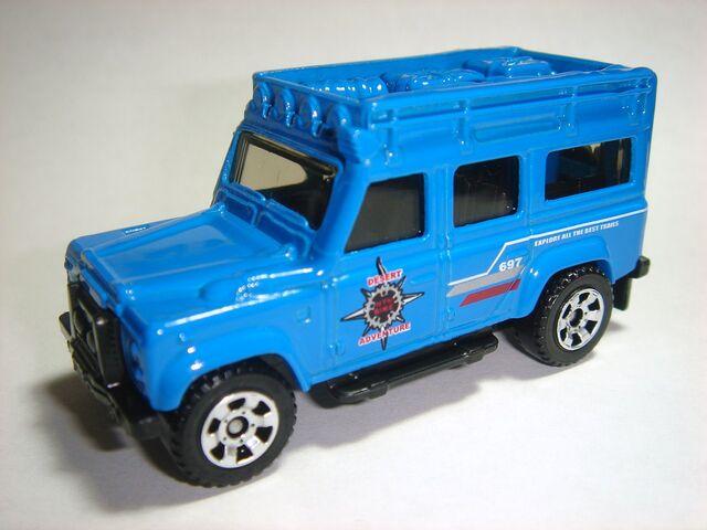 File:MBX '97 Land Rover Defender 110 (2).jpg