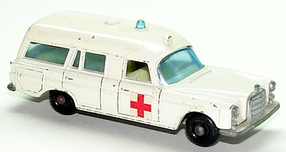 File:6803 Mercedes-Benz Binz Ambulance.JPG