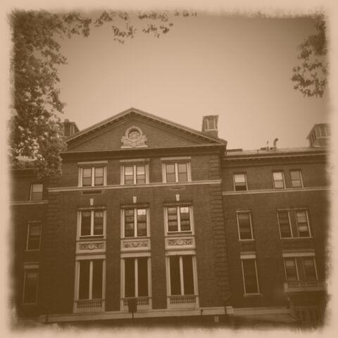 File:Maundbury-college4.jpg