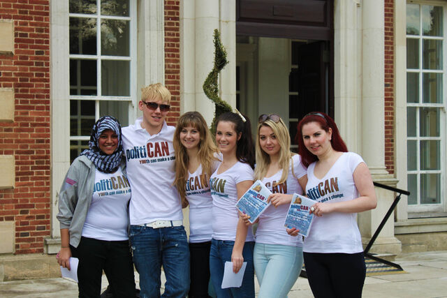 File:The Flyering Team outside the Mansion.jpg