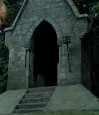 File:Gatehouse.jpg