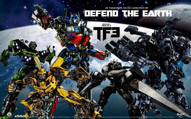 File:Transformers-Dark-Of-The-Moon-Wallpaper-transformers-dark-of-the-moon-25240351-1600-1000.jpg