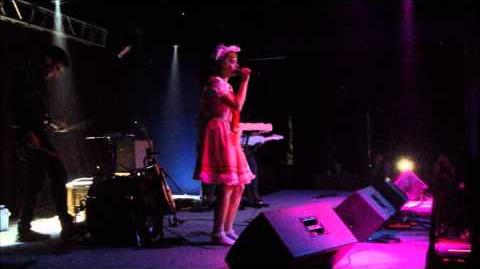 Melanie Martinez - NEW SONG - Cake (live)