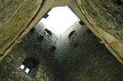 220px-Torre de Glastonbury - Interior
