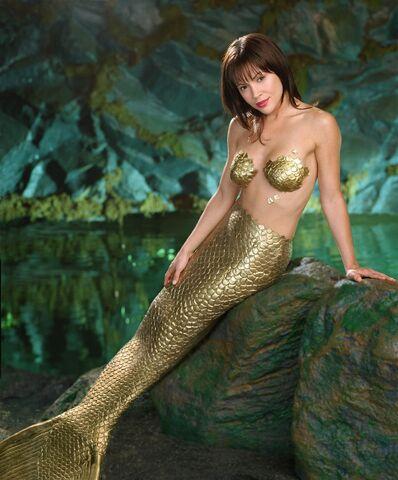 File:Phoebe As Mermaid.jpg