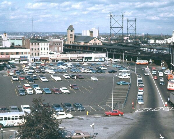 File:DOWNTOWN BPT. CT 1967 - WATER ST - FAIRFIELD AVE.jpg