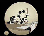 Mickeyplanecrazyearsmatte