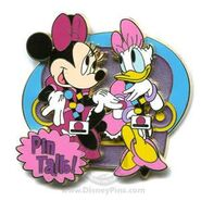 Minnie Daisy pin