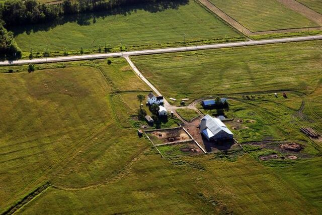 File:Farm on manitoulin island.jpg