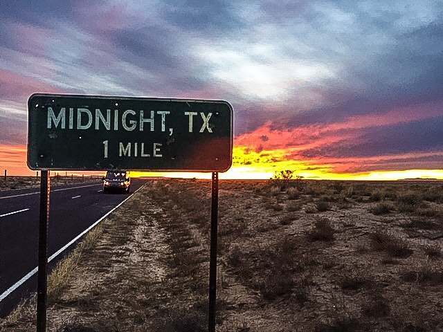 File:Midnight Texas sign.jpg