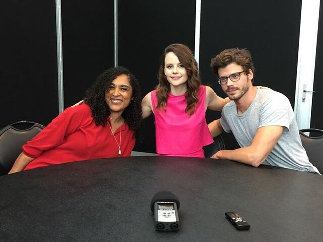 File:Monica, Sarah and Francois Comic Con Interview.jpg