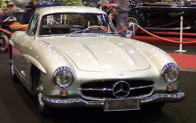 File:800px-Mercedes 300SL Coupe vr silver EMS.jpg