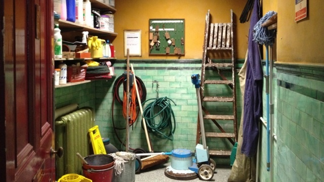 File:The famous broom cuboard.jpg
