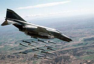F-4 Phantom II bomba 3
