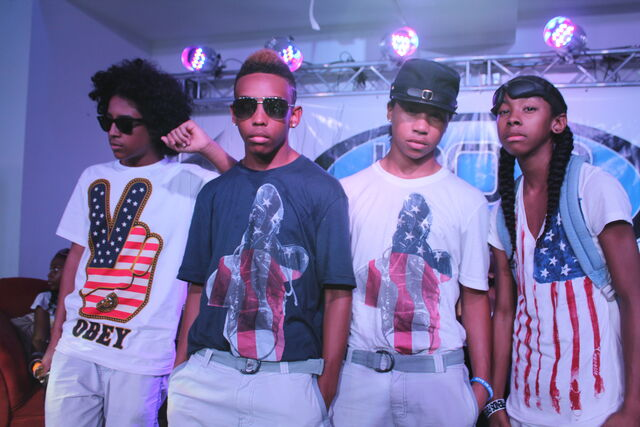 File:Mindlessbehavior123.jpg