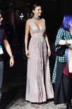 Miranda-kerr-attends-the-koradior-show-during-milan-fashion-week-on-picture-id610522474