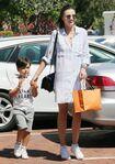 Miranda+Kerr+Son+Flynn+Seen+Out+Malibu+jwjoUPZ4Ptkl
