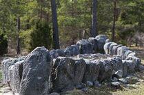 Schiffsetzung Tjelvars Grab, Boge, Gotland 2011-04-17