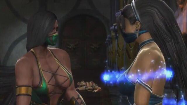 File:Jade removing Kitana's bounds.JPG