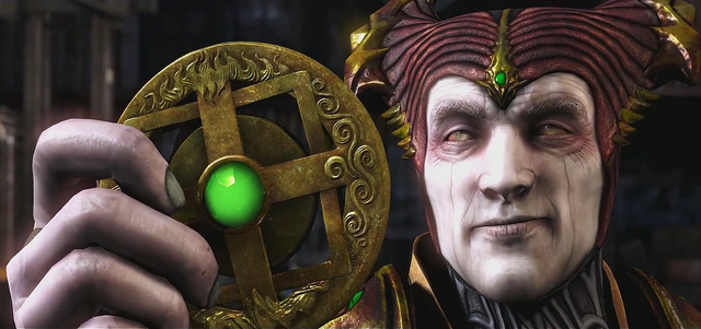 File:Shinnok holding Amulet MKX.png