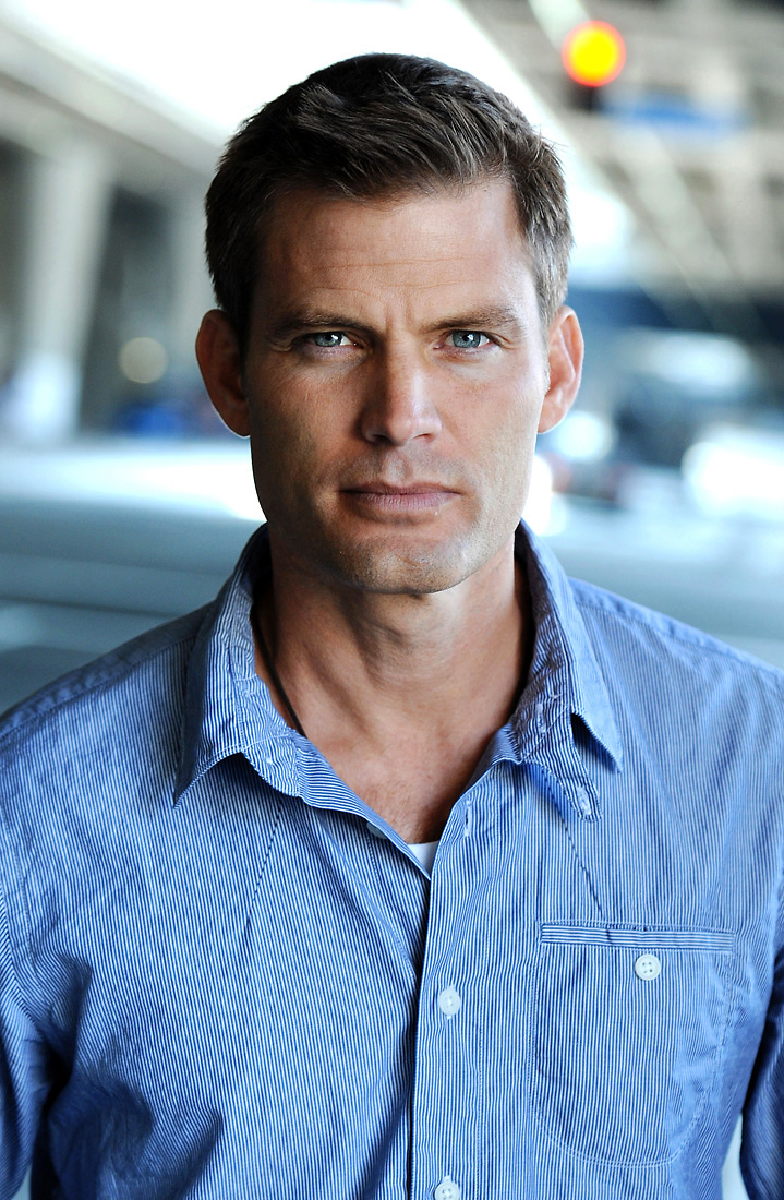 Casper Van Dien  - 2018 Regular blond hair & chic hair style.